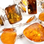 How to Choose Amber Jewelry