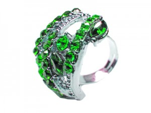 Ring with bright green emerald stones