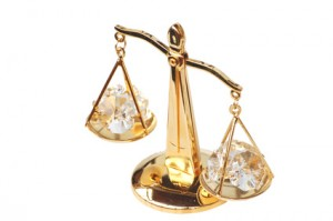 Gold scales that weigh diamonds