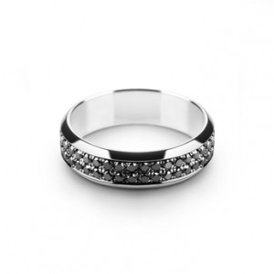 Before you buy a ring, make sure that its shank is not overly thin.