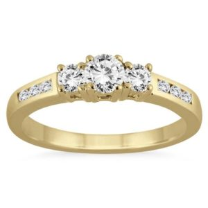 gold-ring-diamonds