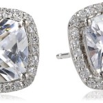 How to Compare Simulated Diamonds and Real Diamonds